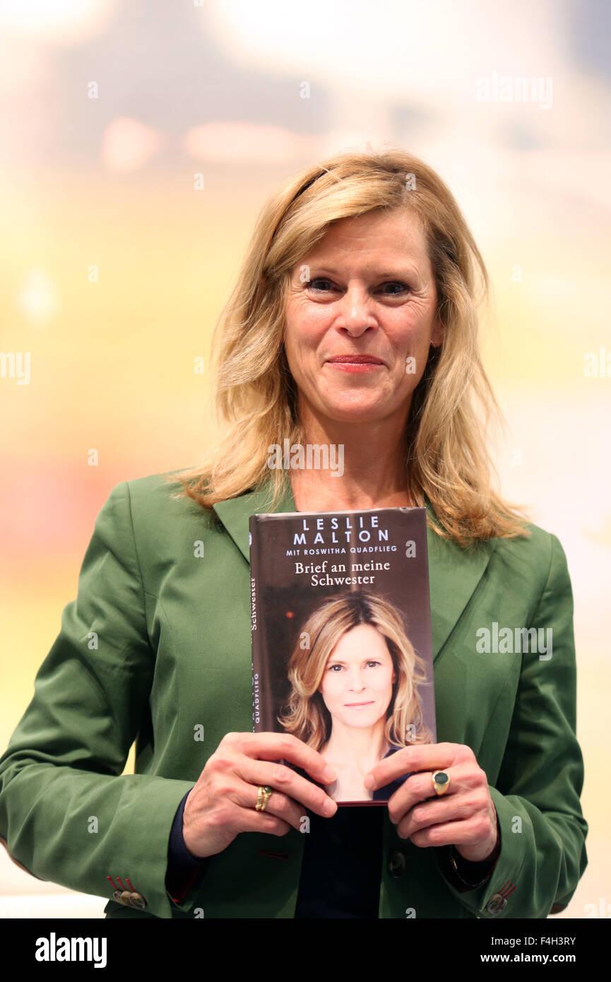 Leslie Malton präsentiert ihr Buch Brief an Meine